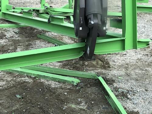 Mini excavator scrap shear attachment